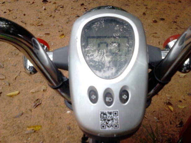 Green_e-bikeのメーター