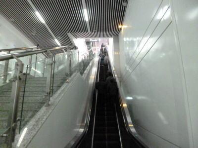 長沙空港アクセス 長沙リニア エスカレーター
